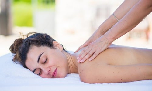 massage-healing-yoga-retreat-italy