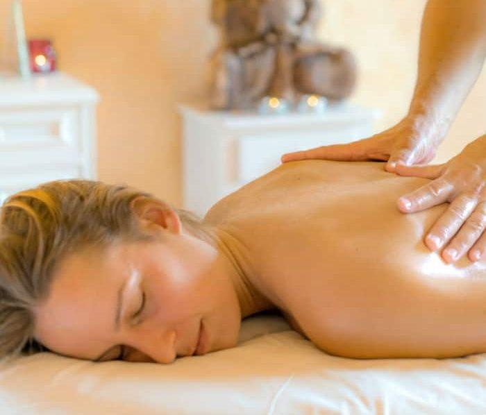 massage-therapy-kaliyoga-retreats-spain